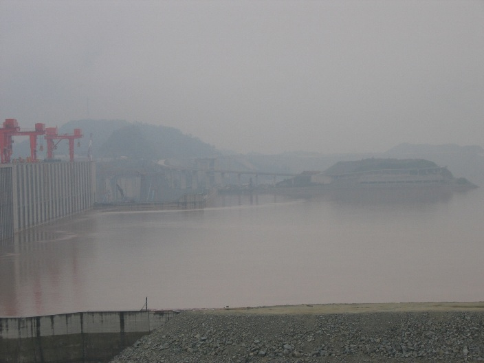 Air Pollution China - Three Gorges Damm, reservoir side looking southeast (near Yichang)